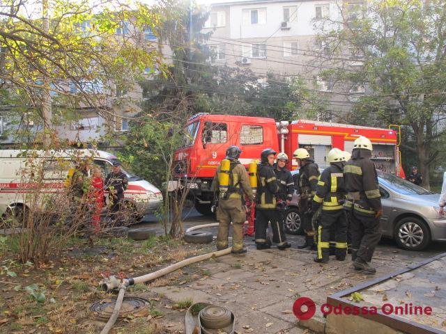 В девятиэтажке на Черемушках горел подвал