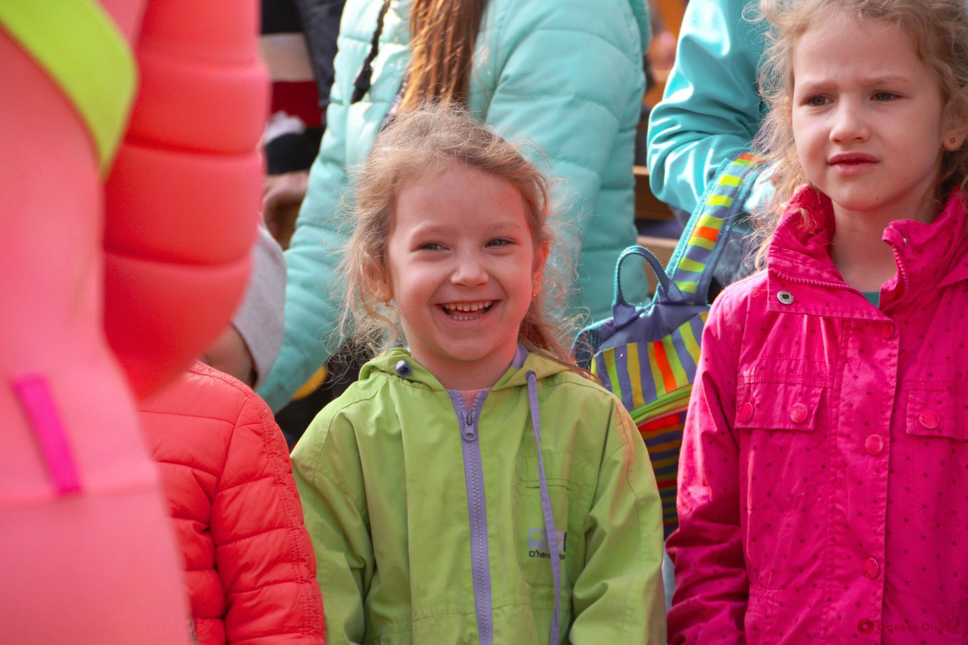 На Соборной площади открылась самая большая инклюзивная детская площадка (фоторепортаж)