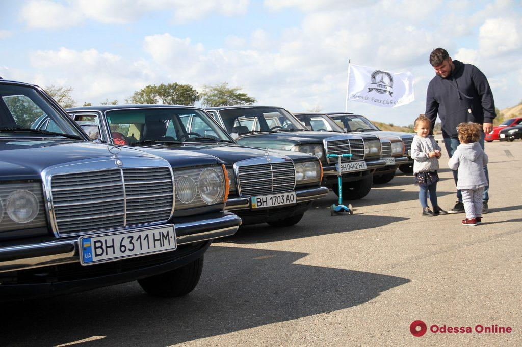 Под Одессой прошли гонки Base Race Days и выставка автомобилей (фото)