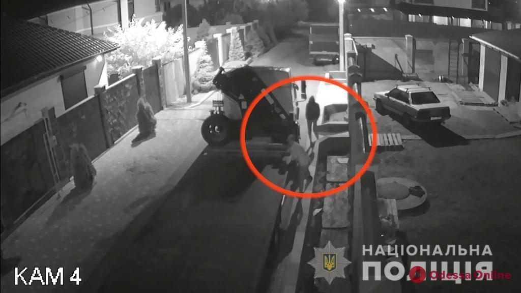 В Одессе задержали аккумуляторных воров (видео)