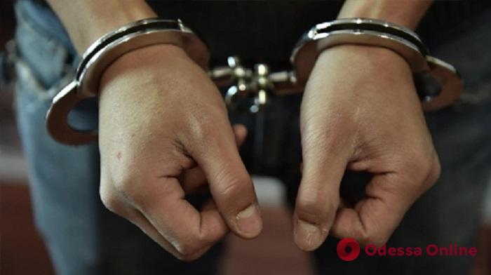Скрывался от суда: в Одессе разбойник «спалился» на поддельном паспорте
