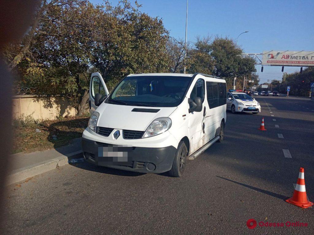 Тройное ДТП на Киевском шоссе — пострадали два человека