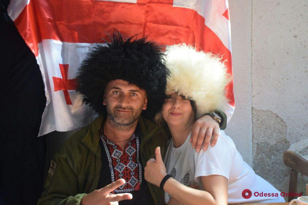 Одесские волонтеры устроили праздник для бойцов в военном госпитале