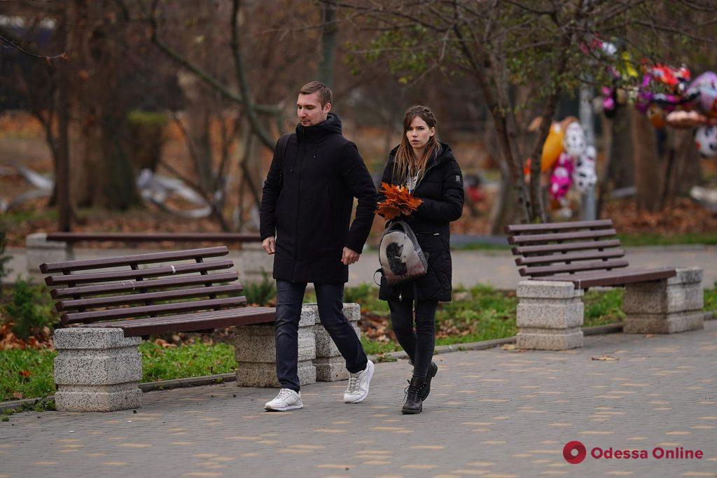 Атмосфера уходящей осени в Одессе (фоторепортаж)