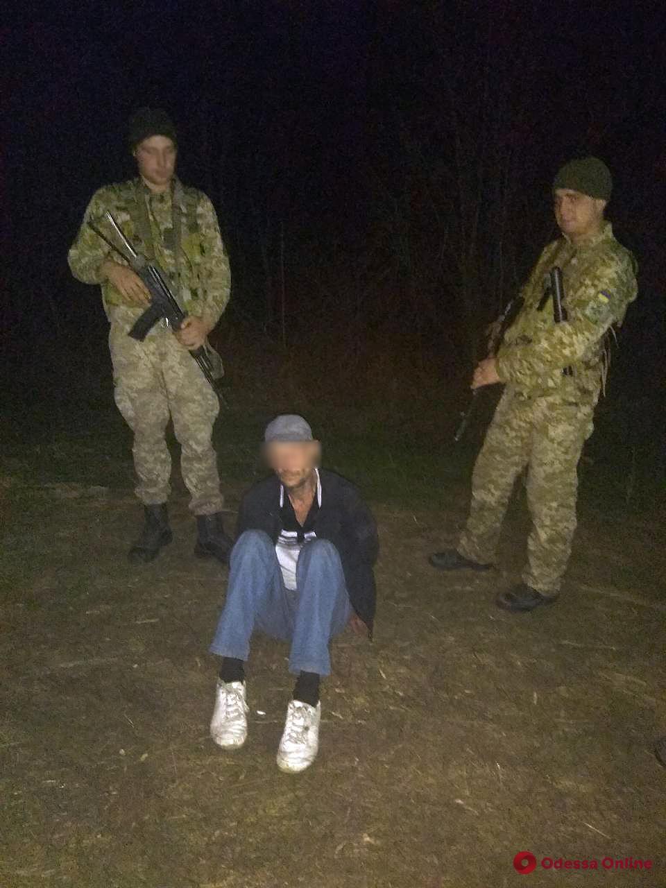 В Одесской области молдаванин-убийца набросился с ножом на пограничника