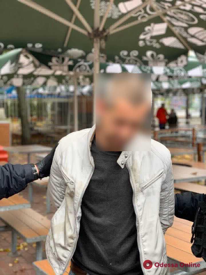 Одессит организовал разбойное нападение на своего работодателя