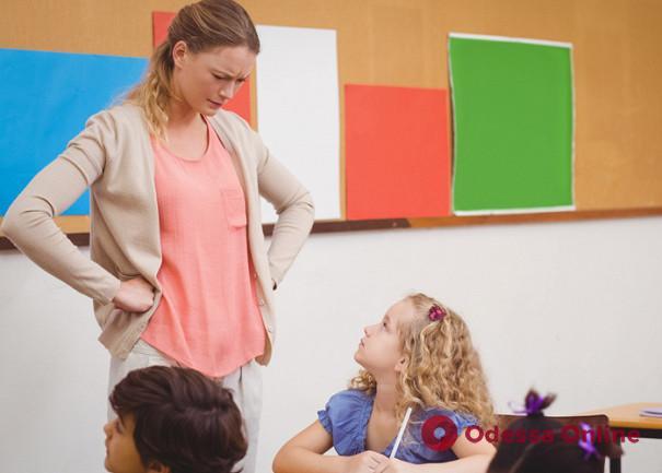 Скандал в одесской школе: педагог получила выговор за грубое обращение с детьми (видео)