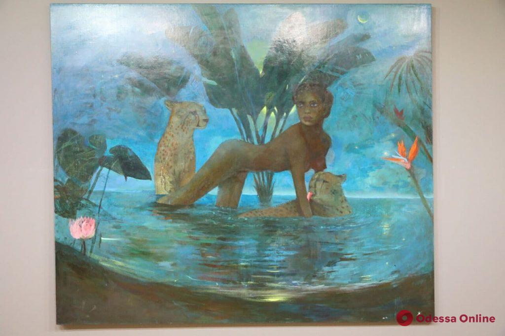 Одесская художница показала фантастический и полуреальный мир (фоторепортаж)