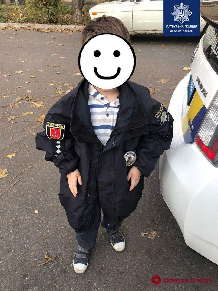 В Одессе на детской площадке нашли ребенка без присмотра