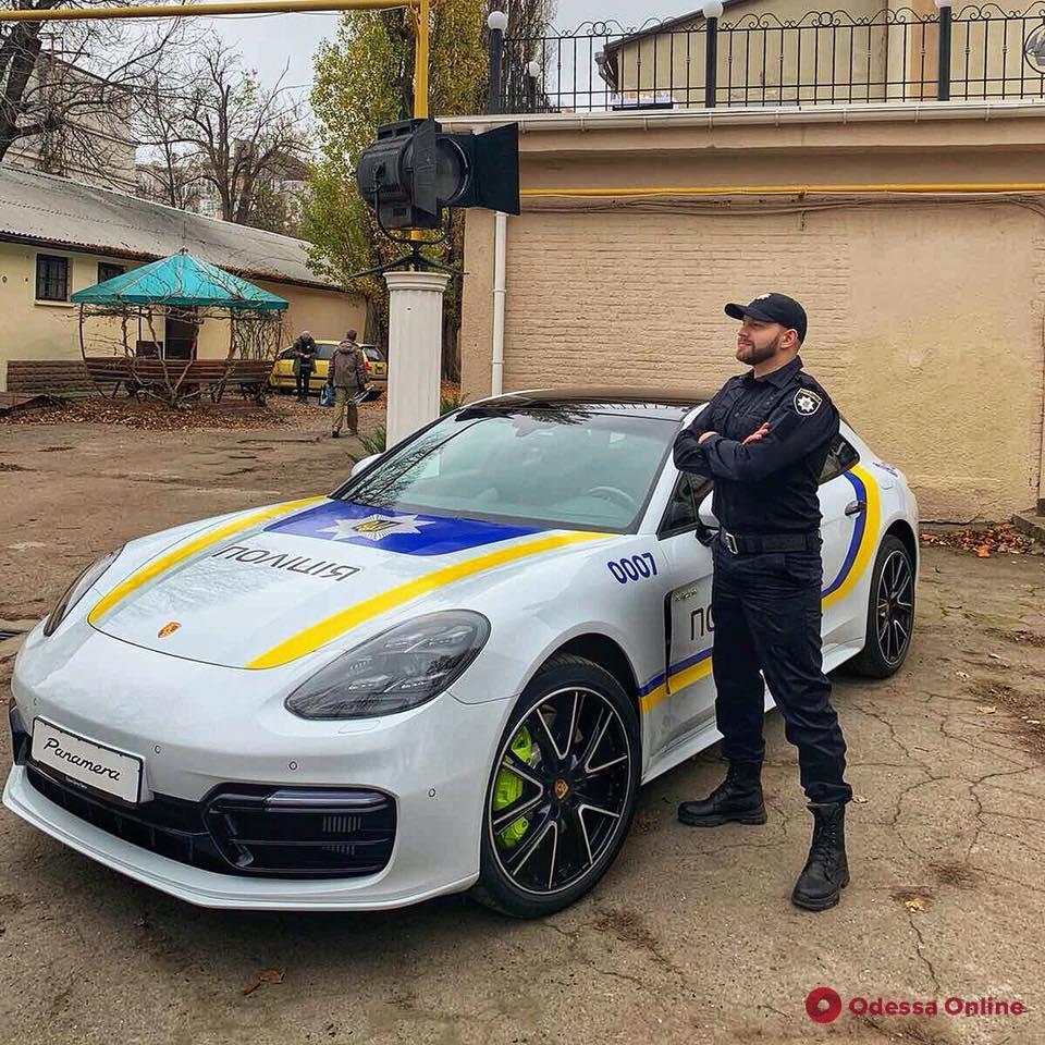 По Одессе разъезжал «полицейский» Porsche за несколько миллионов (видео)
