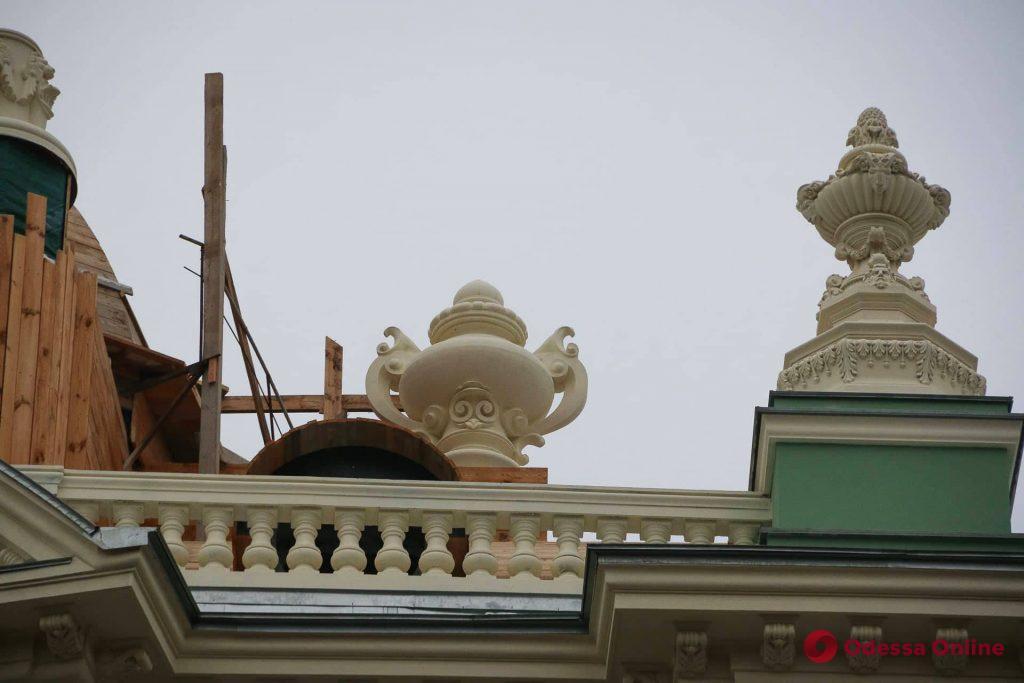 На доме Руссова воссоздали утраченный много лет назад элемент декора