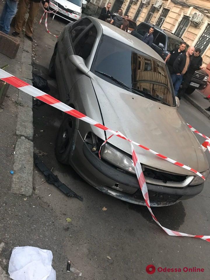 Нападение на инкассаторов в Одессе: апелляционный суд выпустил из СИЗО одного из подозреваемых