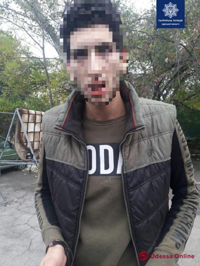 По центру Одессы разъезжал нелегал под кайфом