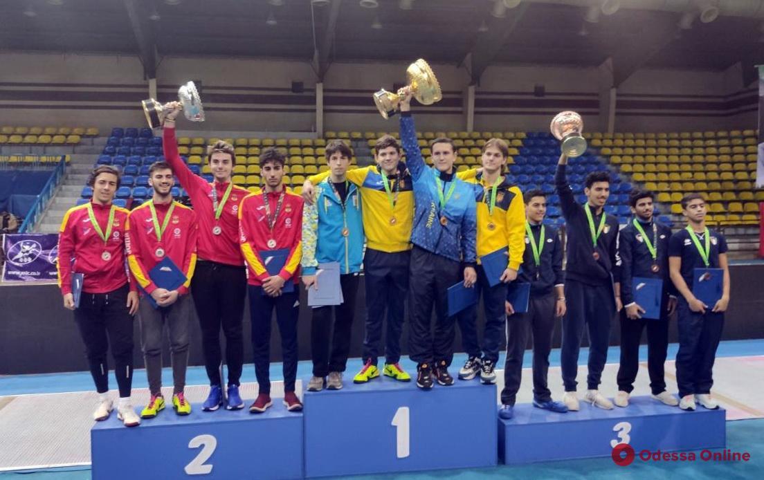 Фехтование: юные одесситы завоевали медали международных турниров