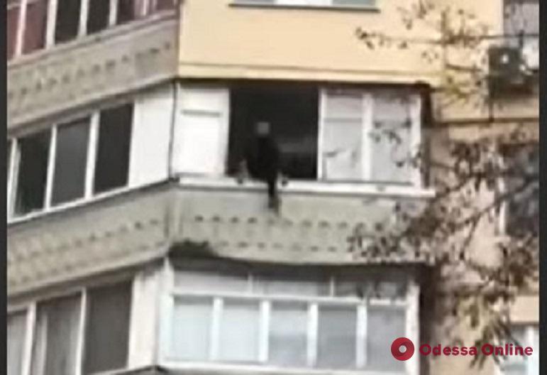 На Люстдорфской дороге с 6-го этажа снимали «человека-паука» (обновлено)