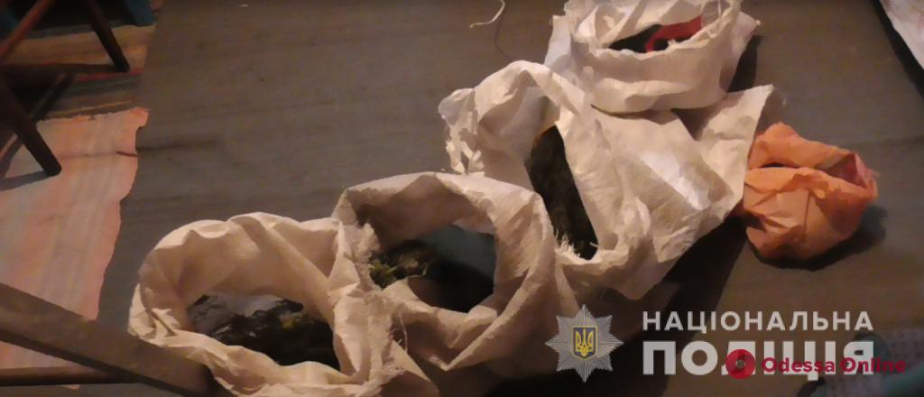 В Одесской области домашний тиран под кайфом избил сожительницу и угрожал спалить дом