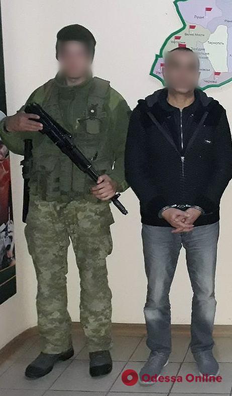 В Одесской области двое турков пытались нелегально пересечь границу