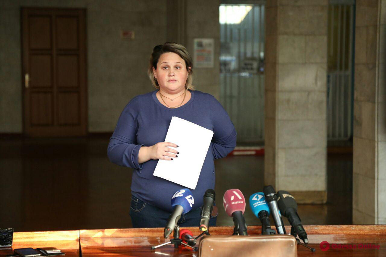 В областном управлении культуры заявили, что барельеф Жукова демонтировали незаконно