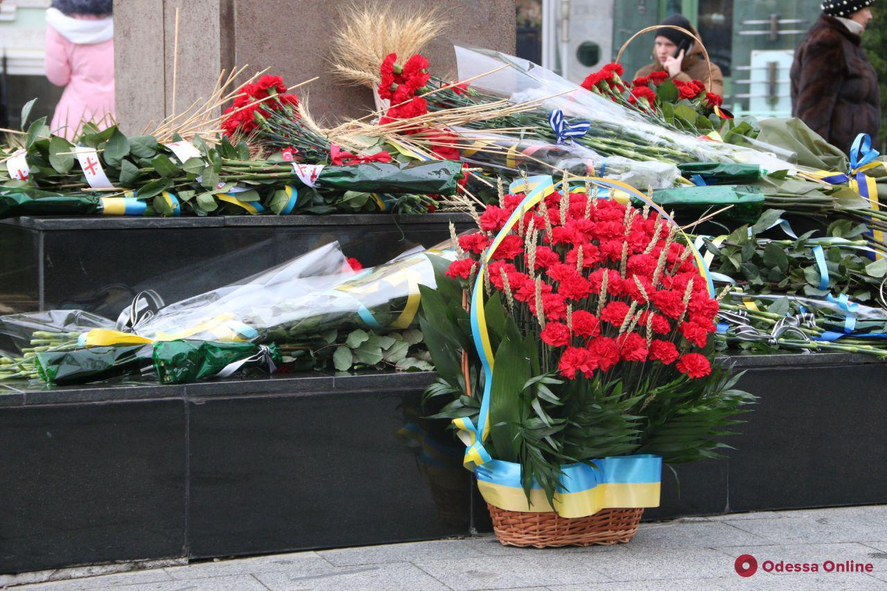 В Одессе почтили память жертв Голодомора (фото)