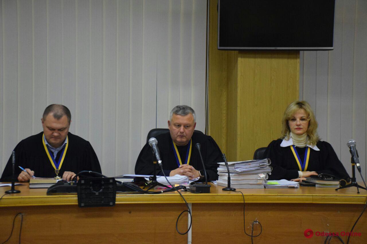 Апелляционный суд продолжил рассматривать жалобу владельца «Токио Стар» на меру пресечения