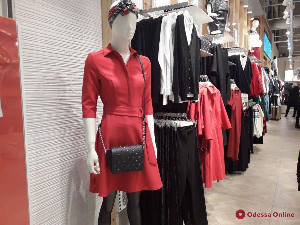 Во сколько одесским модницам обойдется новогодний наряд