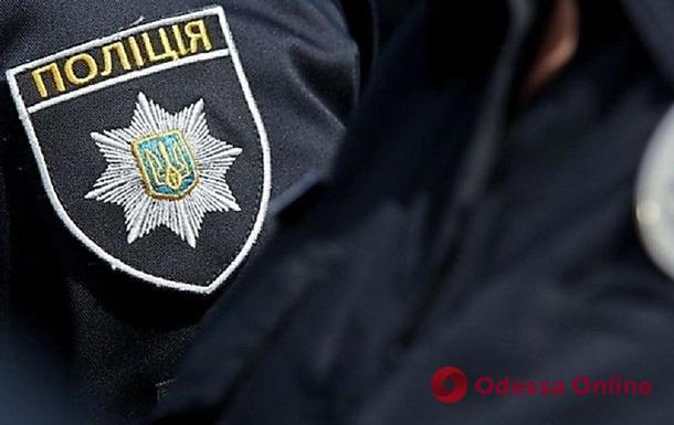 В Одесской области 18-летний парень покусал полицейских