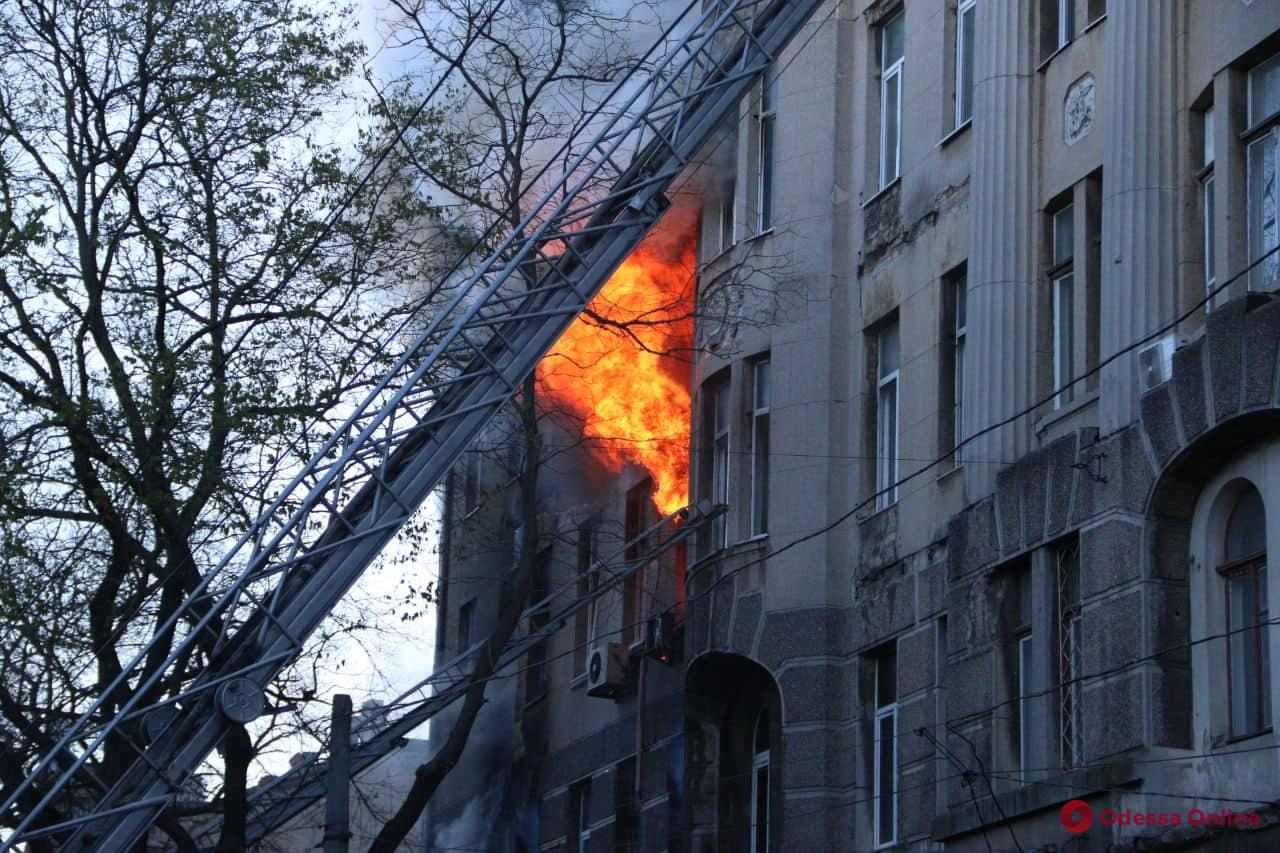 Полиция открыла уголовное производство по факту пожара в одесском колледже