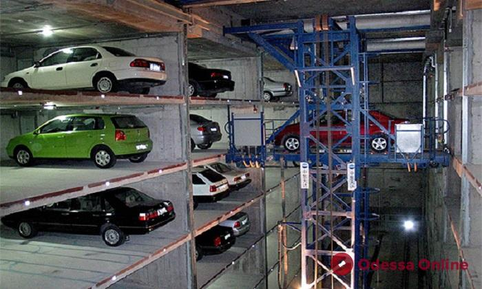 На Пересыпи и возле железнодорожного вокзала хотят построить перехватывающие паркинги