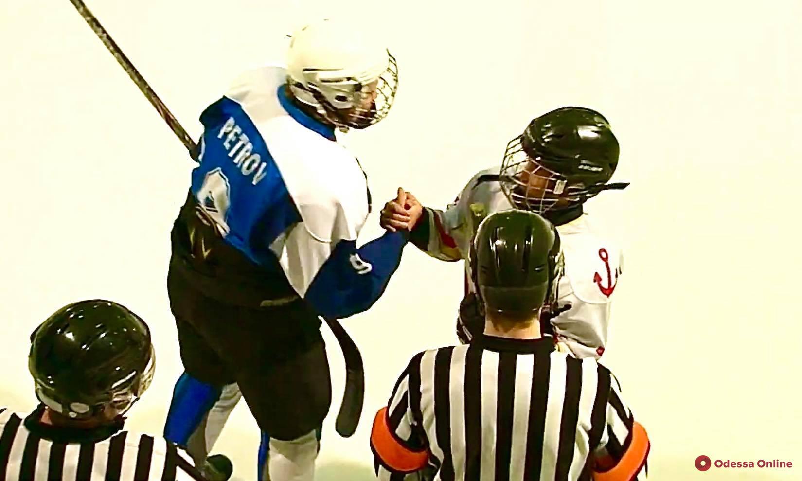 Одесские хоккеисты обменялись победами с соперниками из Днепра