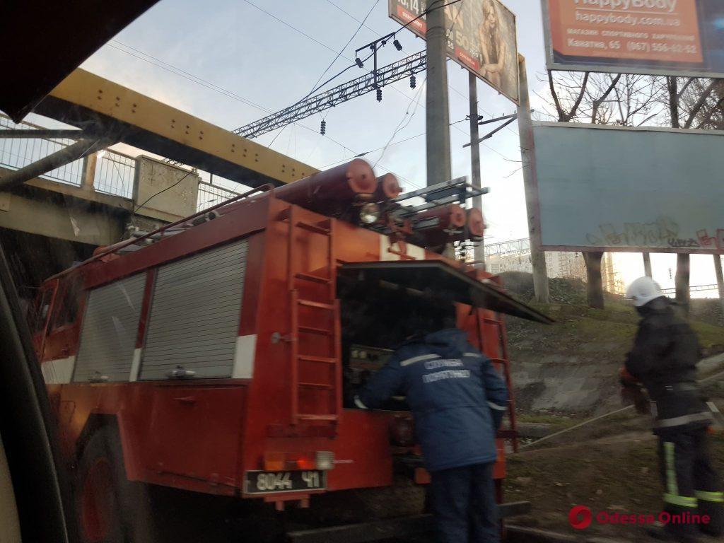 Приморский и Малиновский районы города остались без воды (фото, обновлено)