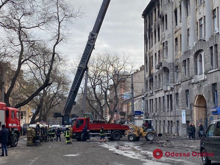 В сгоревшем здании на Троицкой нашли тела еще двух жертв