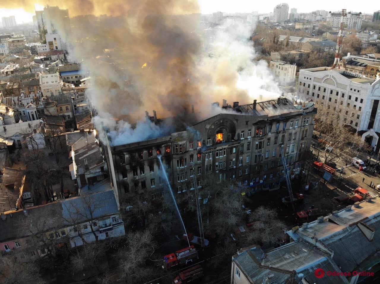 Семьи погибших во время пожара на Троицкой получат по 50 тысяч из целевого фонда горсовета