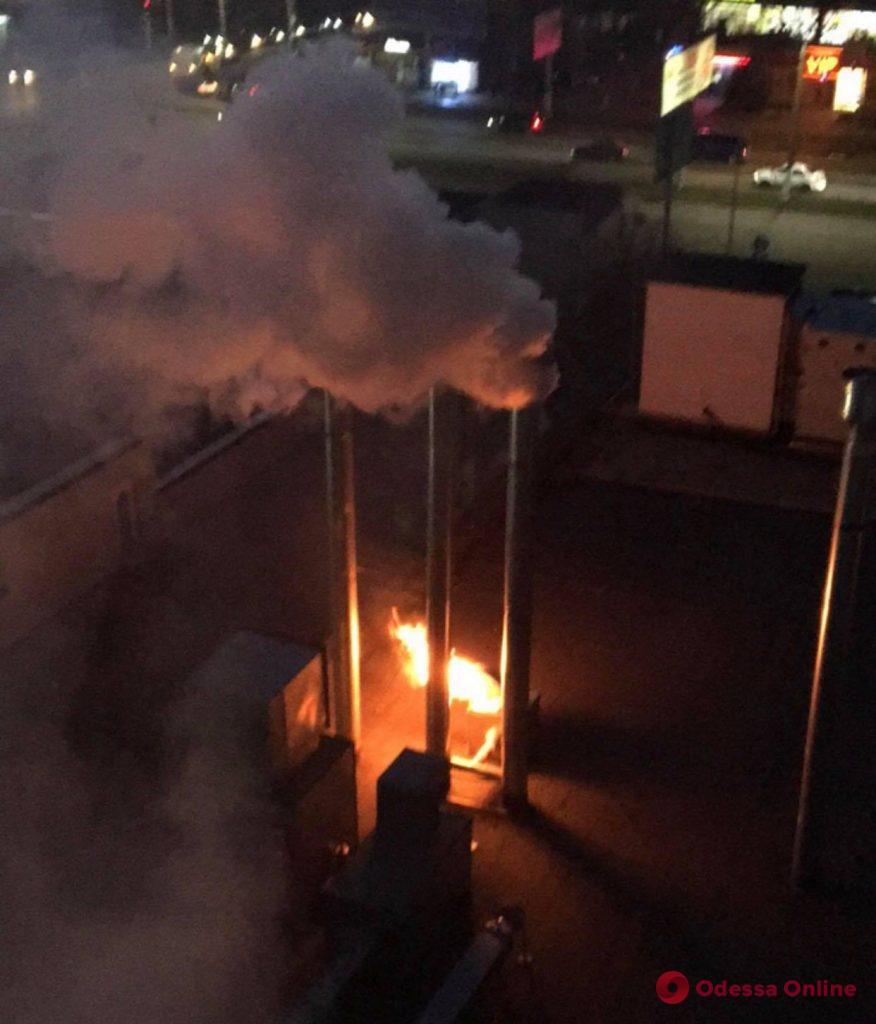 На поселке Котовского тушили пожар в ресторане «Slow Piggy»