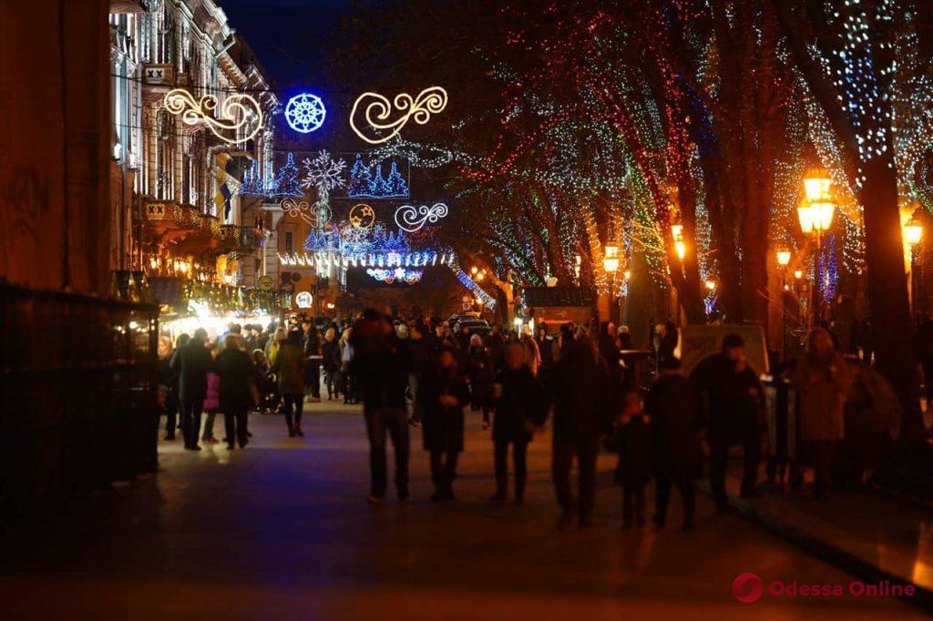 Предновогодняя яркая и уютная Одесса (фоторепортаж)
