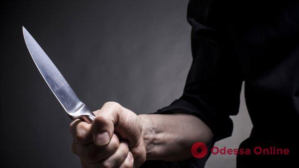 Ревнивый одессит ударил ножом поклонника своей возлюбленной