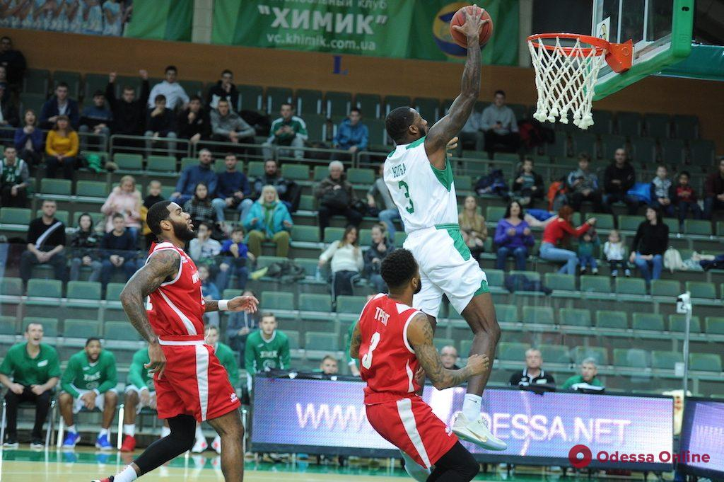 Баскетбол: «Одесса» вновь побеждает «Запорожье», «Химик» вновь уступает «Прометею»