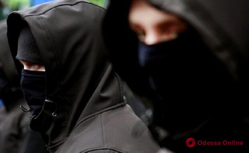 В Одесской области напали на бизнесмена и забрали 30 тысяч долларов