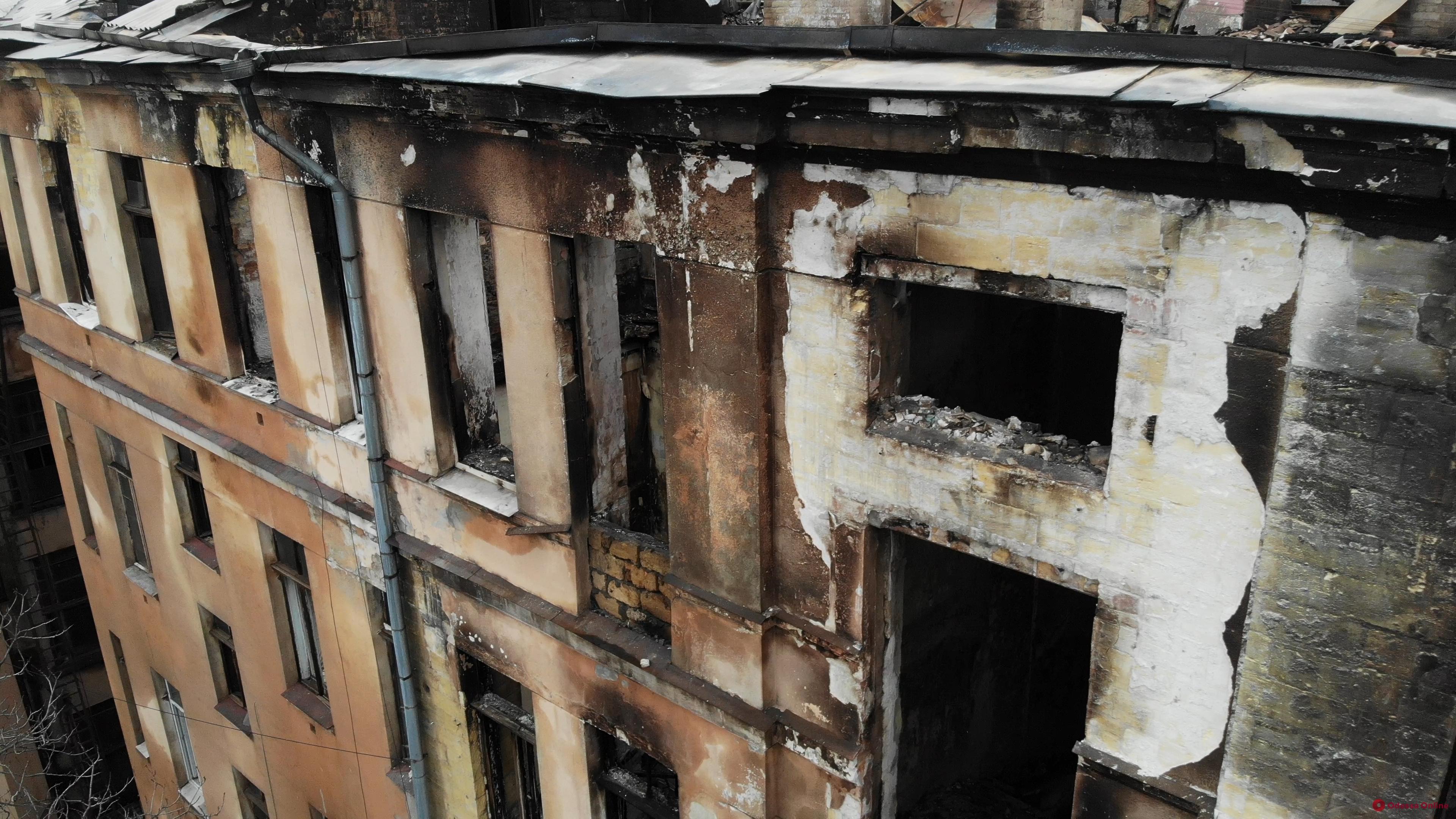 Пожар на Троицкой: в фонд помощи семьям погибших и пострадавших поступило около 250 тысяч гривен