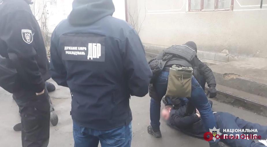 В Одесской области следователь угрожал свидетелю и требовал взятку (видео)