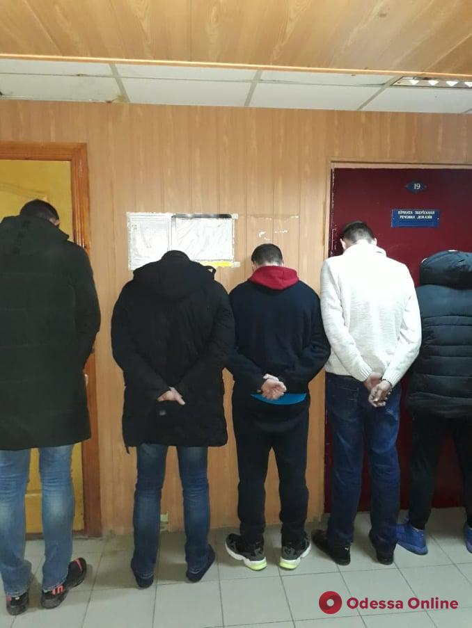«Семейный бизнес» не удался: в Одесской области в СИЗО отправили группу наркодилеров