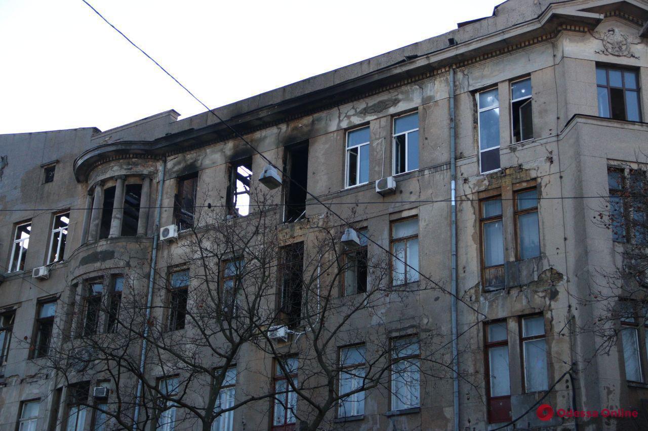 Сгоревший дом Асвадурова ожидает техническая экспертиза и консервация