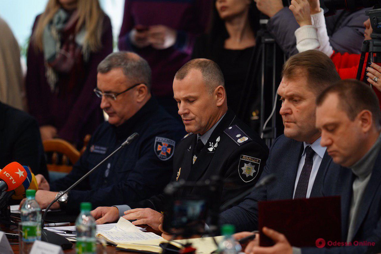 В ОГА озвучили версии пожара на Троицкой: полиция не исключает поджог