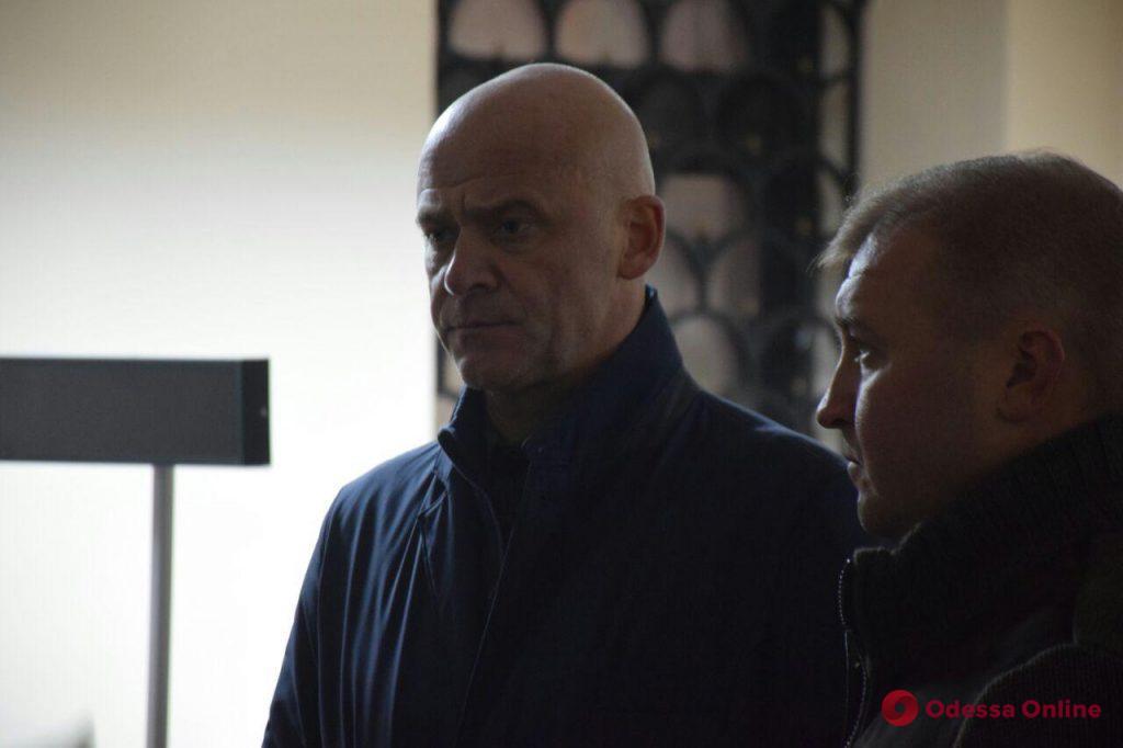 Геннадий Труханов встретился с семьями пропавших без вести одесситов при пожаре в колледже
