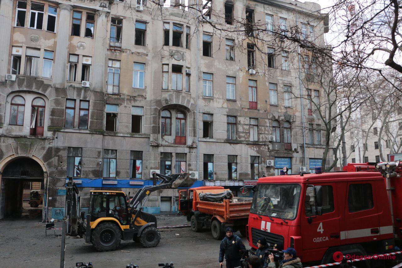 Одесса: студенты сгоревшего колледжа пойдут на занятия 9 декабря