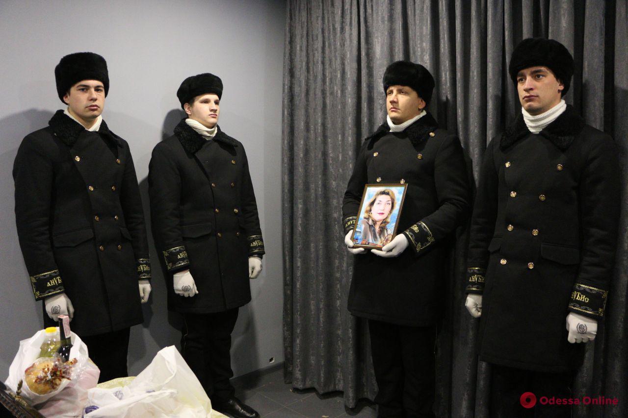 В Одессе простились с еще одним преподавателем сгоревшего колледжа
