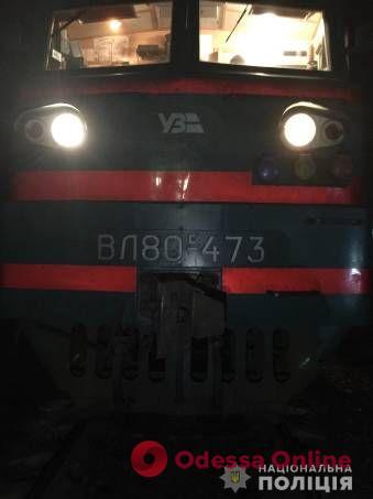 На Одесской железной дороге электричка насмерть сбила мужчину
