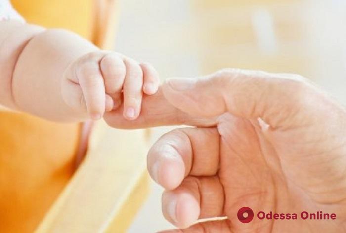 В квартире на Тенистой горе-матери оставили без присмотра двух младенцев