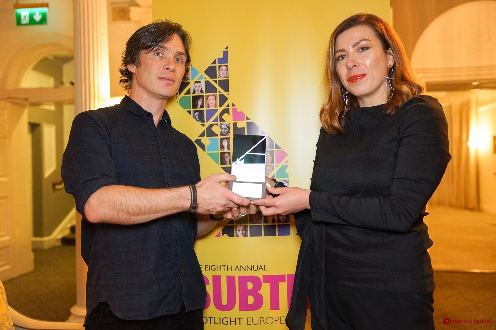 Известный ирландский актер вручил награду генеральному продюсеру ОМКФ