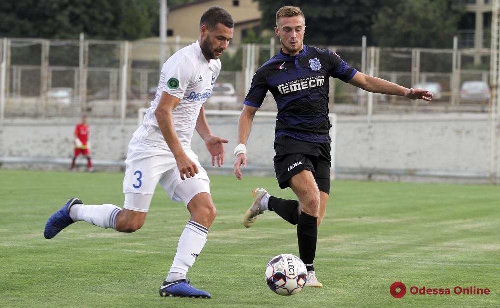 Футбол: «Черноморец» и «Балканы» сыграли тренировочный матч в Совиньоне
