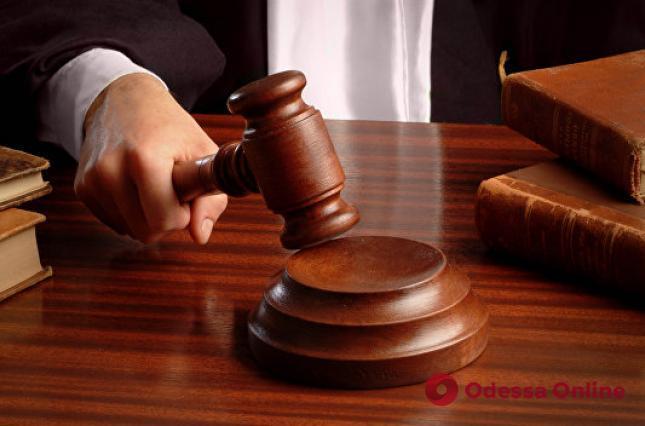 Пойманную на подкупе прокурора и.о. главы налоговой службы в Одесской области отправили в СИЗО